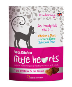 Vet's Kitchen Little Hearts - Triple Cat Treats 60g