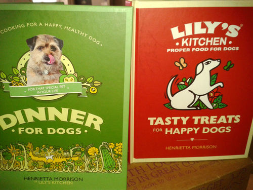 Lily's Kitchen: Recipe Books for Dogs Gift Set