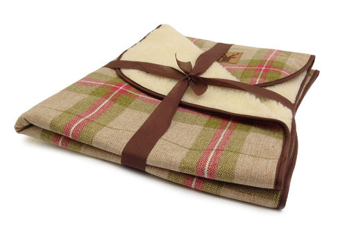 Danish Design - Newton Moss Throw