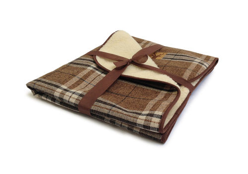 Danish Design - Newton Truffle Throw